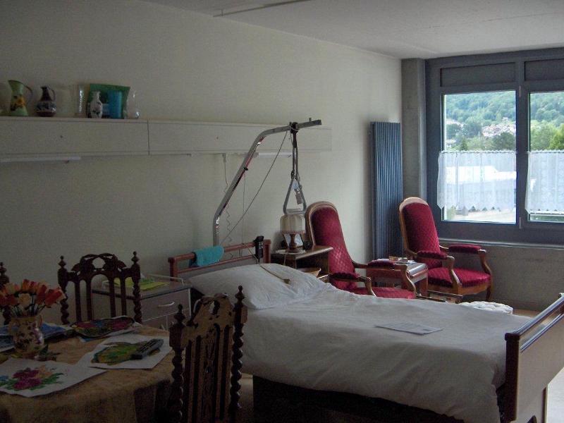 Chambre avec meubles personnels